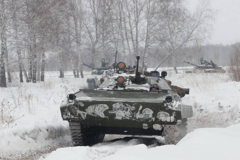 Un lot de BMP-2M modernisé est entré en service avec des carabiniers motorisés du district militaire central