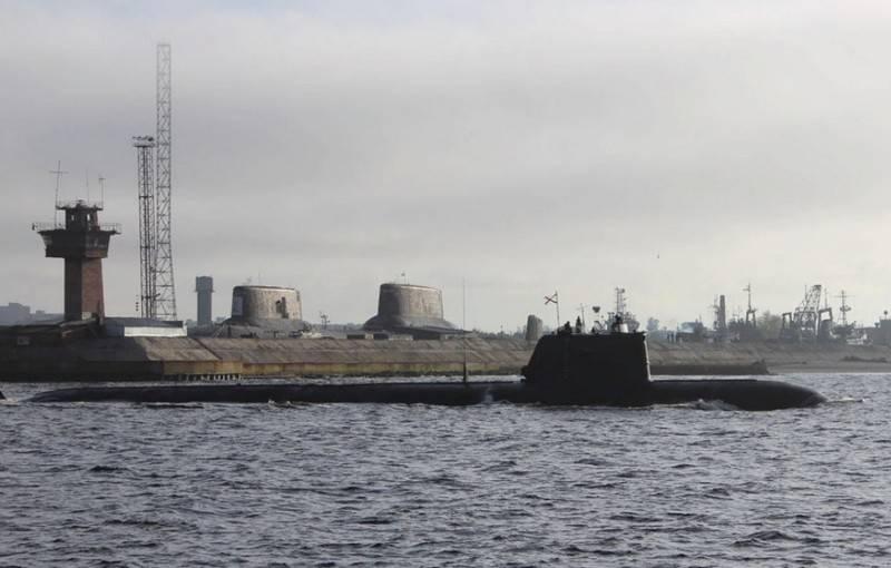 """परमाणु पनडुब्बी """"बेलगोरॉड"""" परमाणु गहरे पानी के स्टेशन AS-15 """"कशलोट"""" का वाहक बन सकता है"""