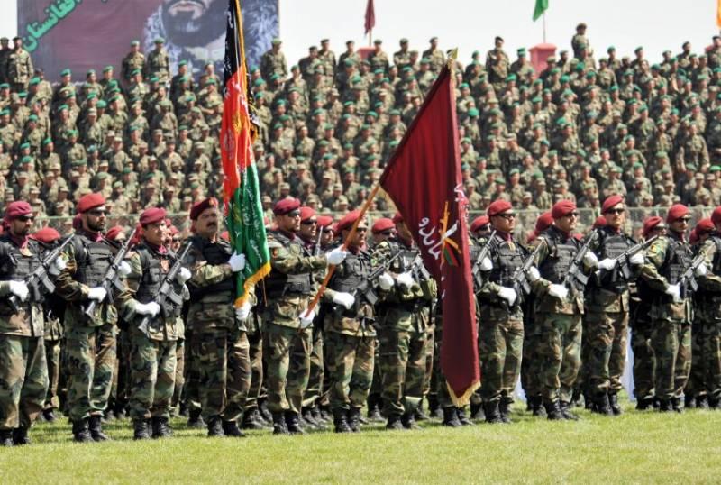 Афганская армия утратила последний форпост на севере страны