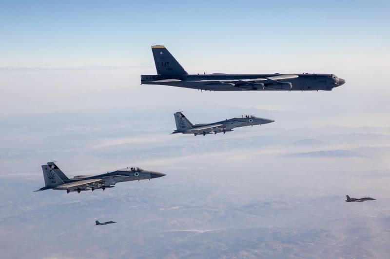В медиа США: Американские B-52H сопровождались истребителями ВВС Израиля с устаревшими ракетами