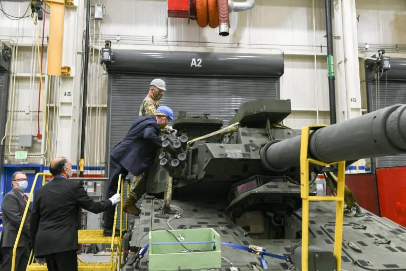 Два прототипа легких танков для армии США
