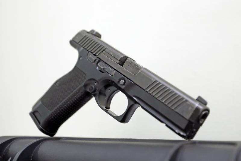 Пистолет МПЛ «Рысь» накануне принятия на вооружение