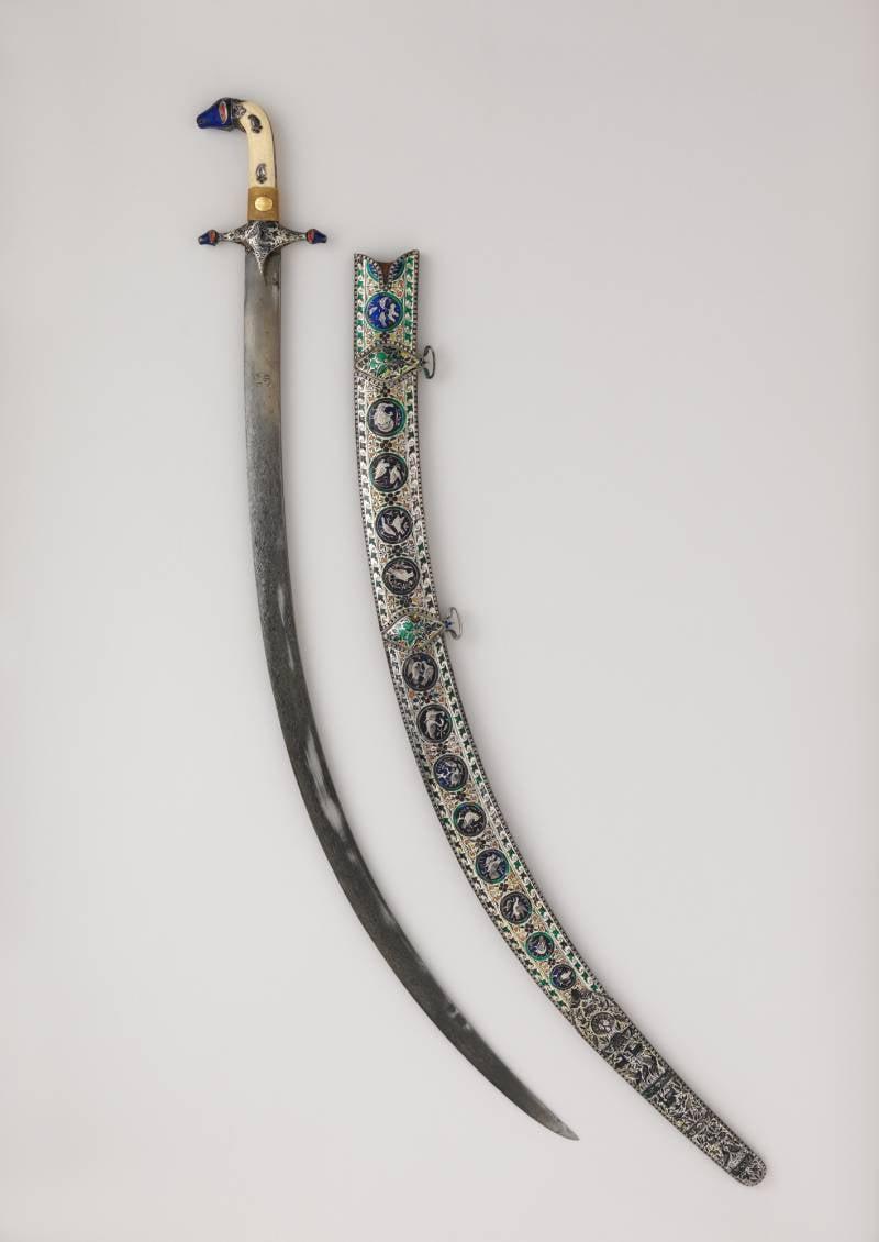 Оружие запорожских казаков: на живописном полотне и в музее