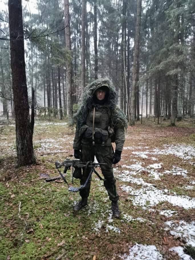 लिथुआनियाई सर्विसमैन ने लिथुआनियाई सशस्त्र बलों में सेवा और फ्रांसीसी विदेशी सेना में सेवा के बीच अंतर को नाम दिया