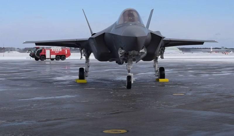 """Le Japon déploiera des chasseurs F-35 dans le sud du pays pour """"répondre rapidement à la menace chinoise contre les îles Senkaku"""""""