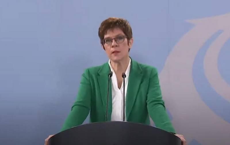 """""""Questo è un segno di solidarietà"""": il ministro della Difesa tedesco ha annunciato un aumento della presenza militare statunitense nel Paese"""