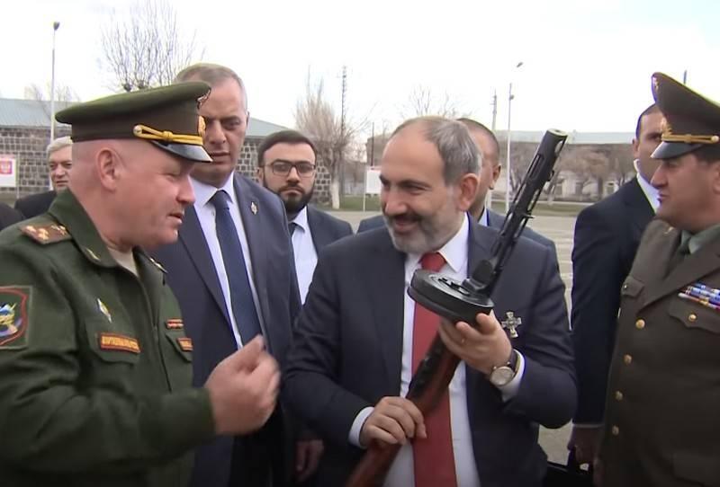 «Россия - основа безопасности Армении»: Ереван рассматривает расширение 102-й российской военной базы в Гюмри