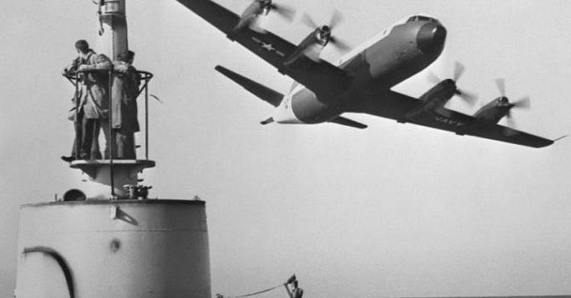 Imãs de batalha contra barcos soviéticos