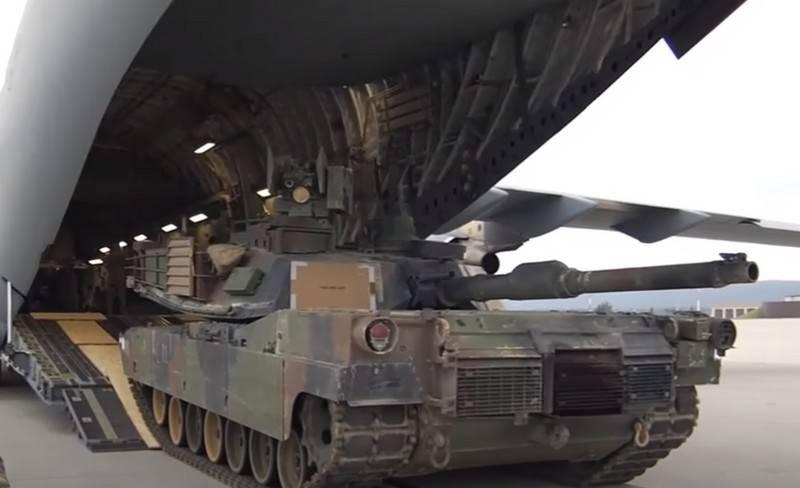 Resmi Kabil, ABD Afganistan'dan çekildiğinde Amerikalıların silahlarını ve askeri teçhizatını kendileri için saklamayı planlıyor.