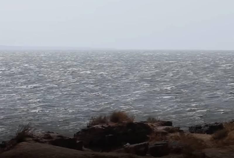 На Украине реагируют на данные об обнаружении учёными РФ под Азовским морем пресной воды, способной решить водную проблему Крыма