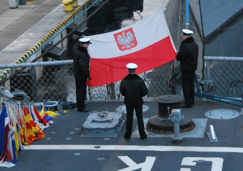 Назовите корабли Путин и Сталин - Россия не станет на них нападать: в Польше обсуждают названия строящихся фрегатов