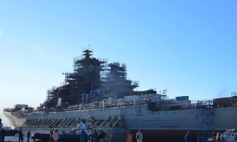 Сроки передачи флоту модернизированного атомного крейсера Адмирал Нахимов перенесли