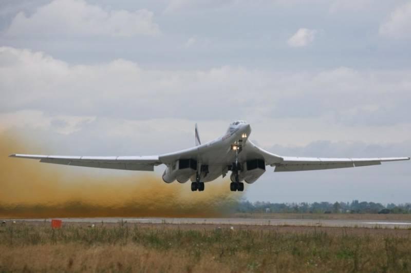 На авиапараде Су-35 и Ту-160 покажут новый элемент
