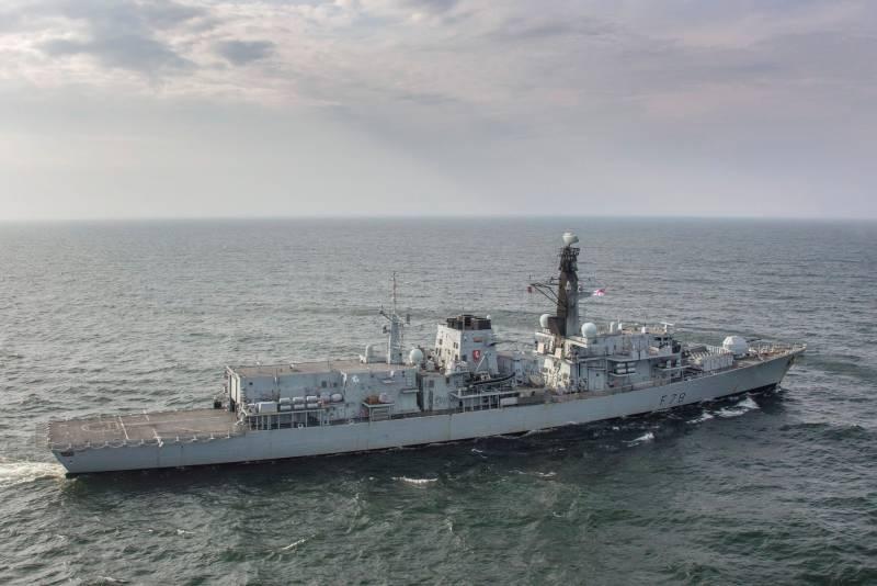 В прессе США: Британских боевых кораблей в Чёрном море будет два, а российских там  десятки