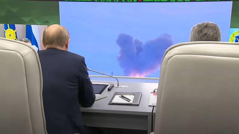 Западный обозреватель: Мысль о том, что гиперзвуковая ракета русских может уничтожить авианосец, не даёт покоя Пентагону