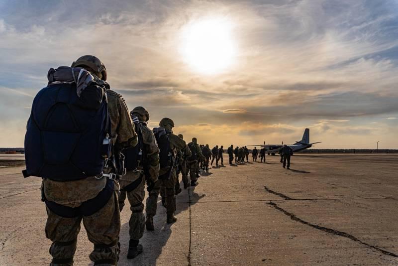 Начат основной этап учений ВДВ и войск ЮВО в Крыму