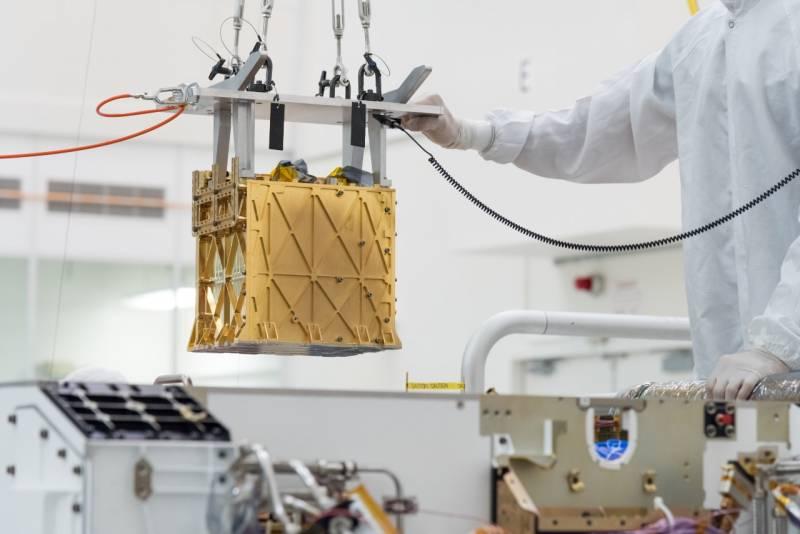 Марсоход США впервые получил кислород из марсианской атмосферы