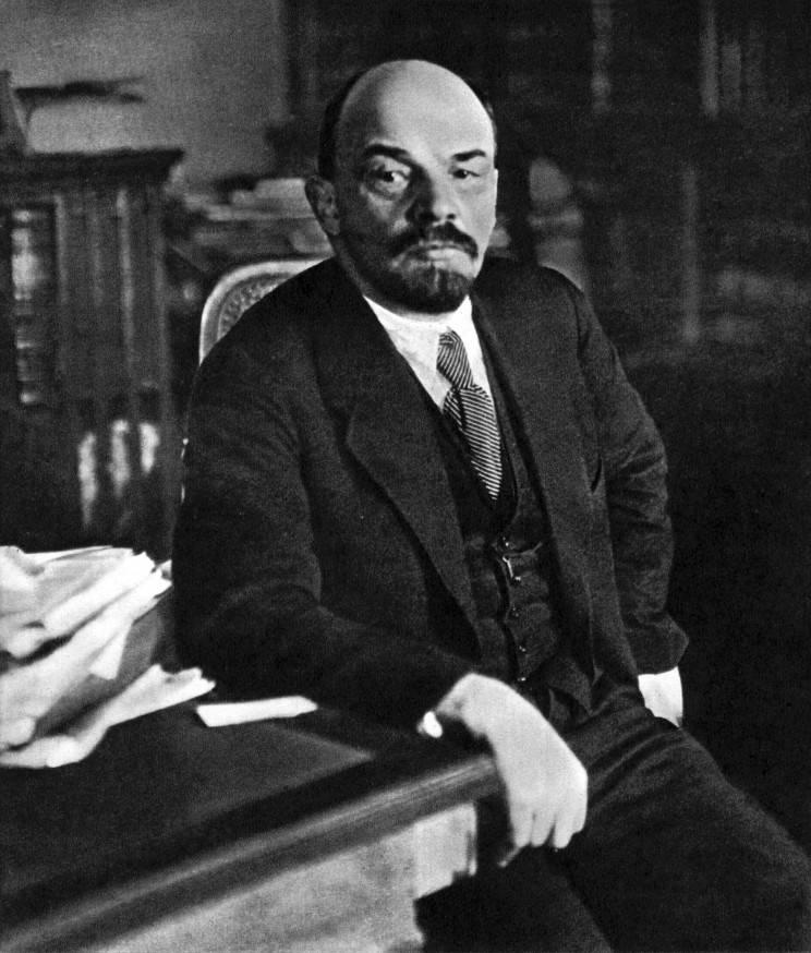 关于列宁的《真理报》和维也纳的《真理报》