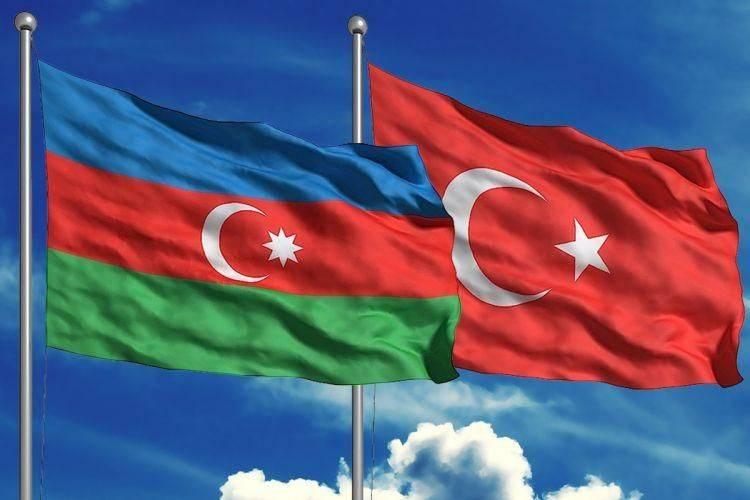 """El puño de acero del """"poder blando"""": Turquía en Azerbaiyán"""