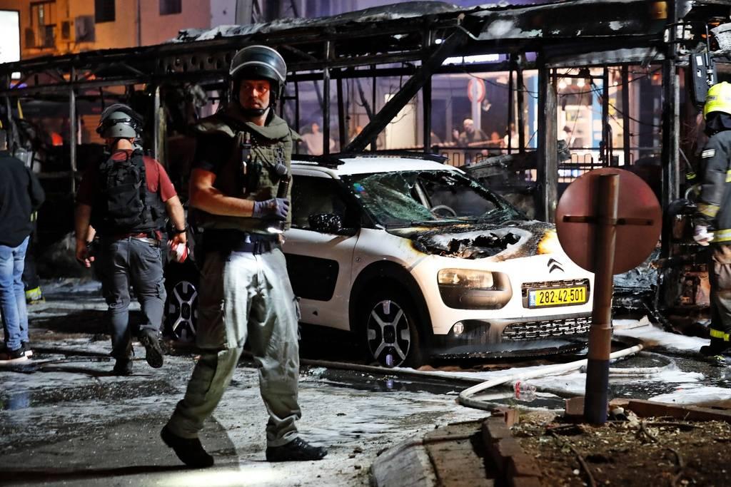 В Иерусалиме во время столкновений палестинцев с израильскими полицейскими пострадали более 200 человек