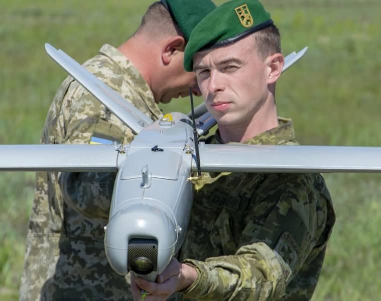 """Il complesso di linee aeree senza pilota """"Leleka-100"""" è adottato dalle forze armate dell'Ucraina"""