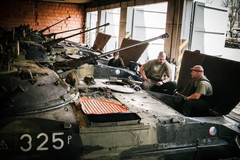 """""""L'ancien BVP est devenu de la ferraille"""": l'armée tchèque se plaint de la version locale du BMP-1"""