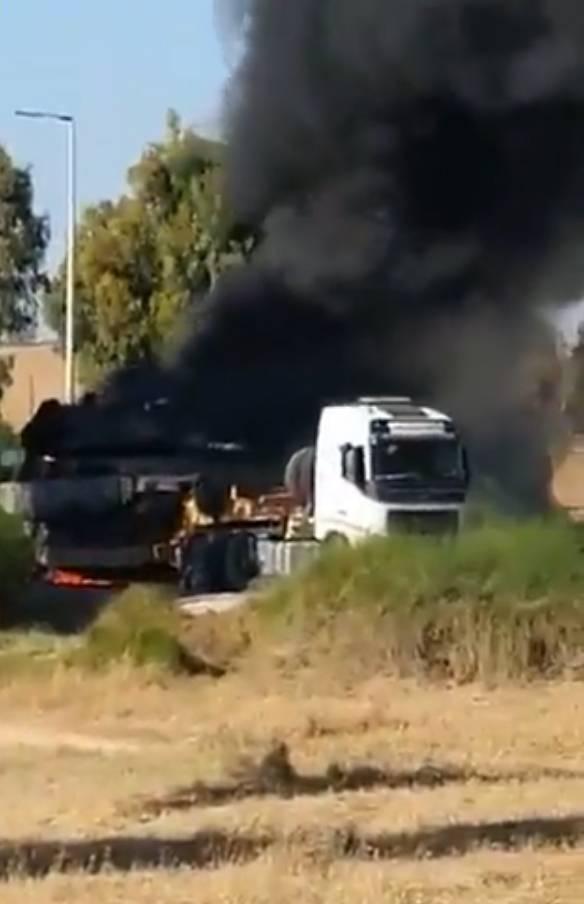 Les versions ont été exprimées sur les raisons de l'incendie de la plate-forme du véhicule avec le char israélien Merkava près des frontières de la bande de Gaza.