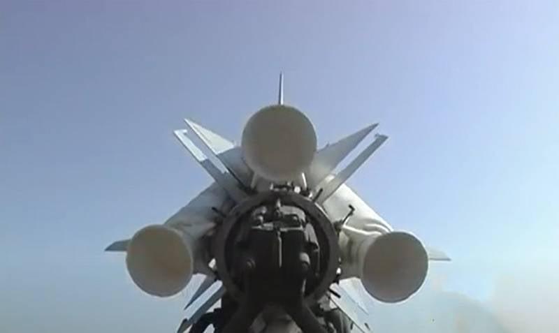 В Польше: Воздушное пространство над Варшавой до сих пор защищают советские ЗРК С-200