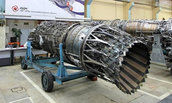 """새롭고 쉬움 : 러시아가 Su-57의 부속물로 """"보이지 않는""""기능을 만들까요?"""