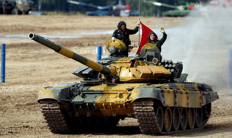 """""""Alabino'daki çöp sahasından aşağı değil"""": Vietnam kendi tank eğitim tesisini kuruyor"""