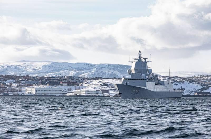 «Если Россию не пинать, она воспримет это как слабость»: польские читатели о реакции Москвы на военную сделку США и Норвегии