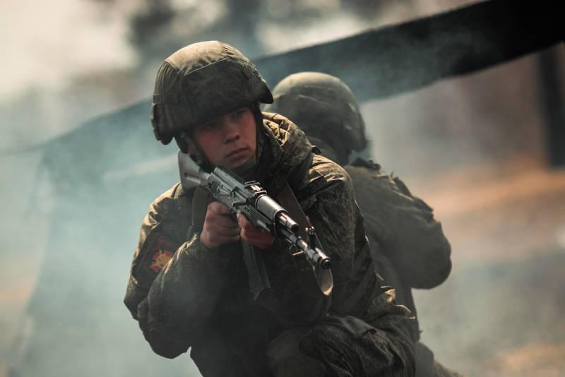 Литовский парламентарий: Российские войска сейчас стояли бы под Киевом, но этому помешали определённые факторы