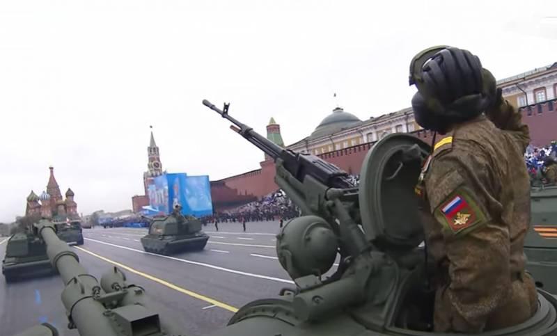 Редактор польского журнала: Показ военной техники 9 мая в Москве предназначен для стимулирования воображения самих россиян