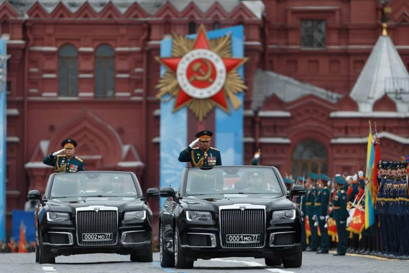 Путин показывает российскую военную мощь