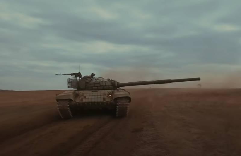 Огневые способности танка Т-72Б: стрельба по железобетонным блокам и мешкам с песком