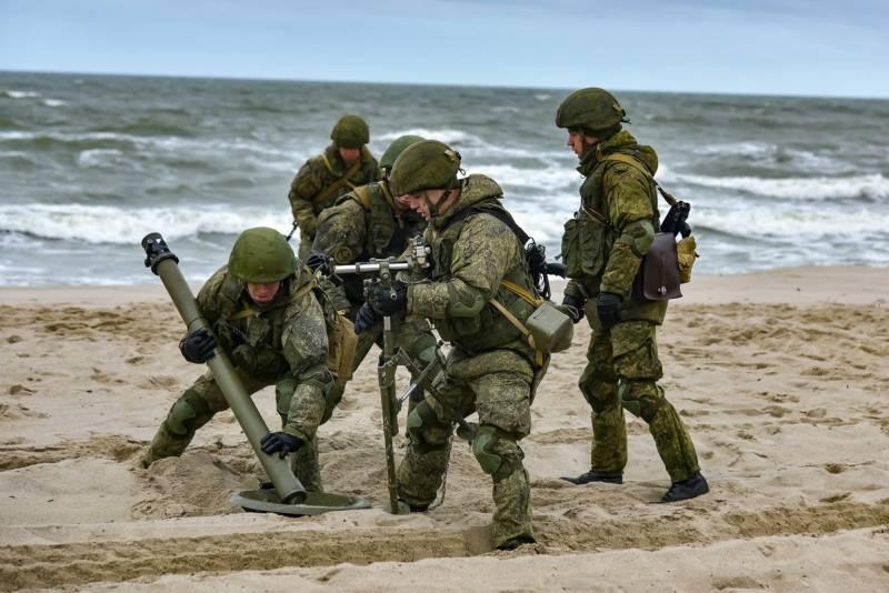 Глава МИД Украины: Маневры российских войск у наших границ напоминают показательные суды в СССР