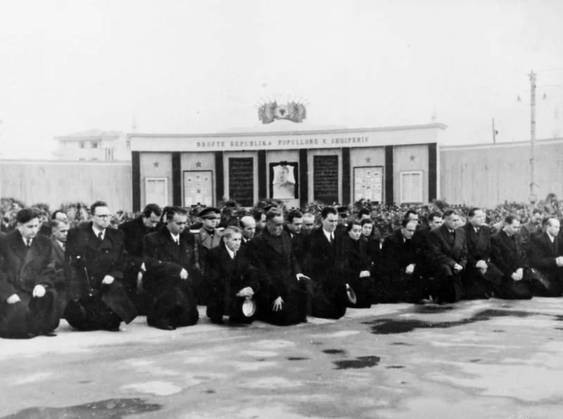 Как Албания поссорилась с СССР