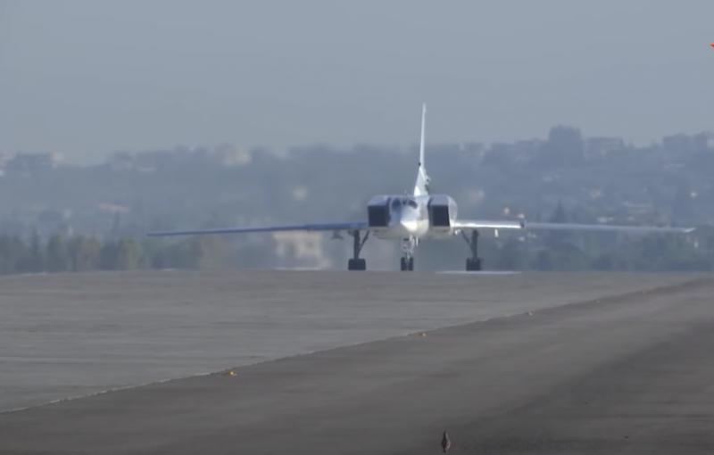 Российские Ту-22М3 начали полёты над акваторией Средиземного моря