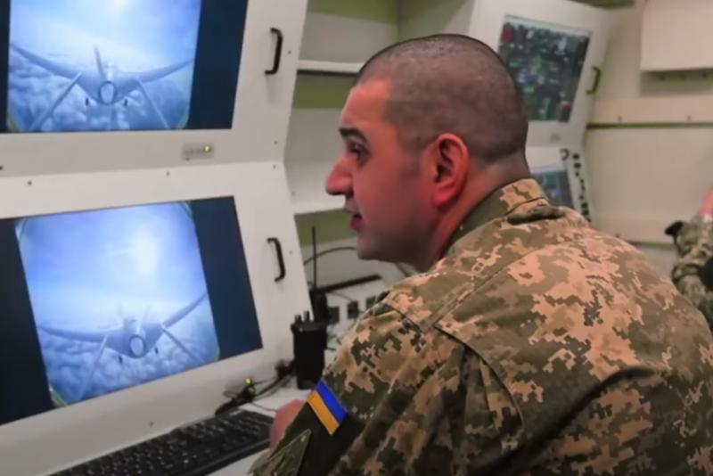 ВСУ начали учения с участием ударных беспилотников Bayraktar TB2