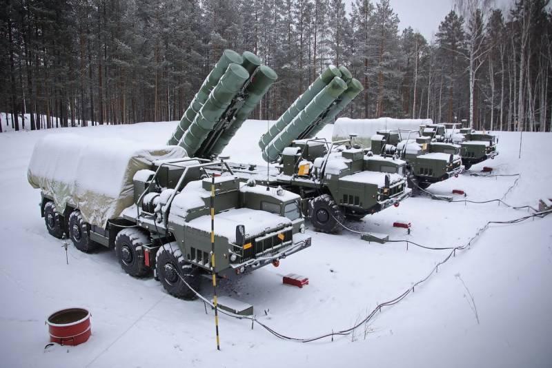 Вызовы и планы: серия совещаний по вопросам развития вооруженных сил