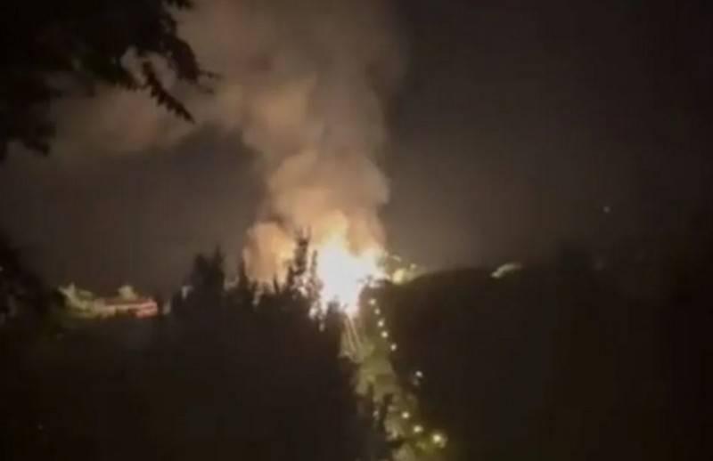 卢甘斯克市中心的天然气管道发生强烈爆炸