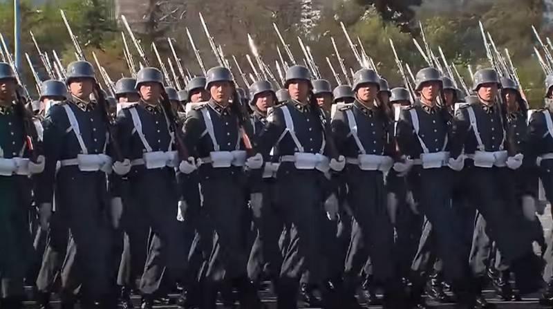 «Последние прибежища прусской традиции»: западная пресса об армиях ГДР и Чили