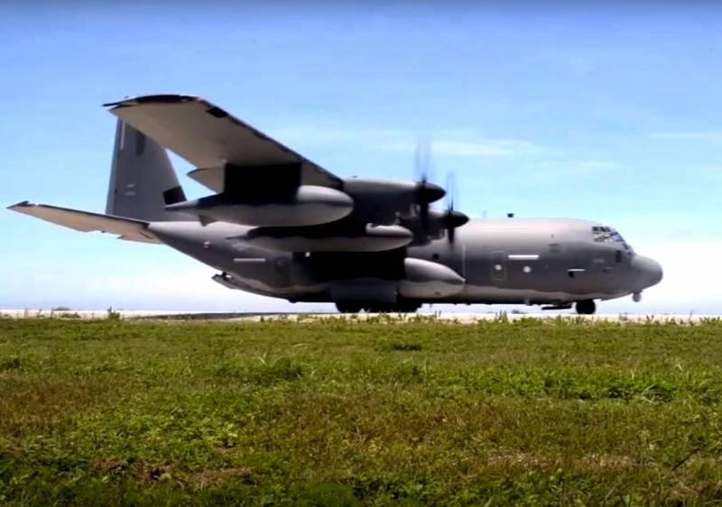 В США транспортный самолет MC-130J Commando II оснастили ракетами