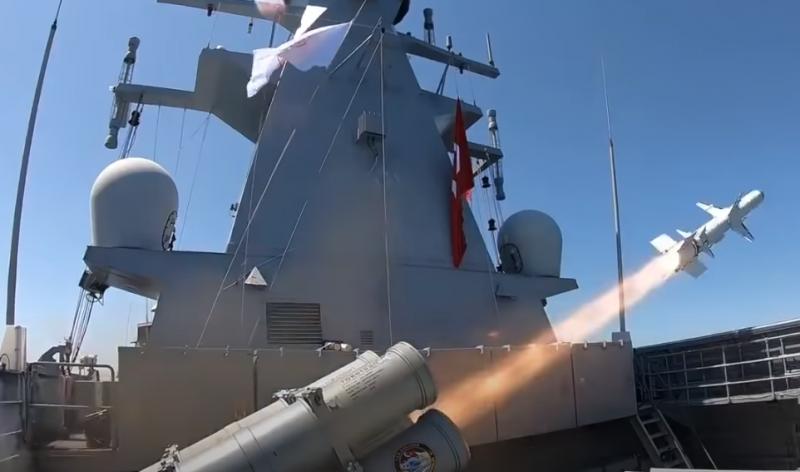 Турция провела заключительные испытания новой высокоточной ПКР «Атмака» («Ястреб»)