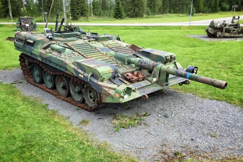 Strv 103C: внутри шведского ноу-хау