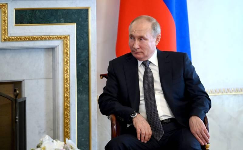 «Капитан Очевидность»: Константин Сёмин отреагировал на статью Владимира Путина о русских и украинцах