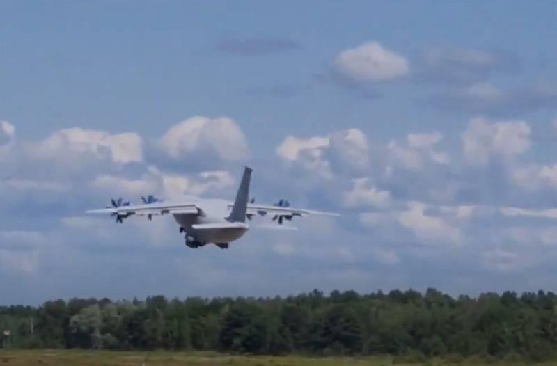 Ан-70 поднялся в воздух после длительного перерыва