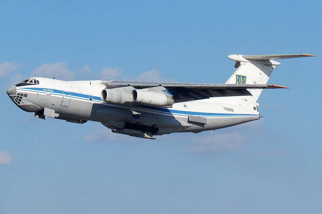 Украинский борт, посланный для эвакуации, не долетел до Кабула и сел в Омане