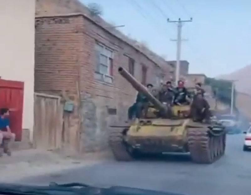 Ополчение Масуда в Панджшере заявило о формировании танкового подразделения