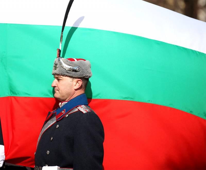 «Запад капитулирует в случае удара России по НАТО» - размышления читателей болгарской прессы